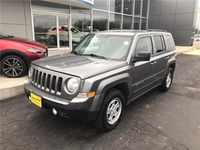 2014 Jeep Patriot Sport/North (Stk: 21490) in Pembroke - Image 2 of 9