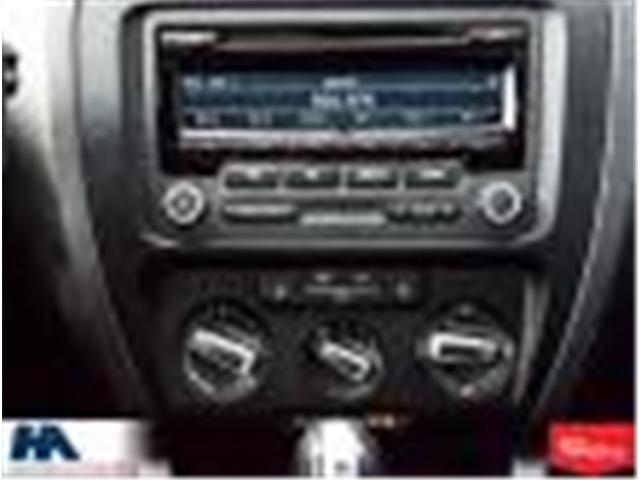 2014 Volkswagen Jetta 1.8 TSI Comfortline (Stk: 309795) in Burlington - Image 17 of 19