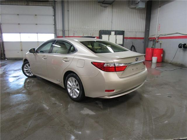 2013 Lexus ES 300h Base (Stk: 1980051) in Regina - Image 2 of 31