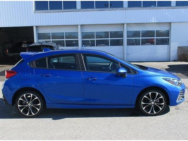 2019 Chevrolet Cruze Premier (Stk: 19138) in Peterborough - Image 2 of 3