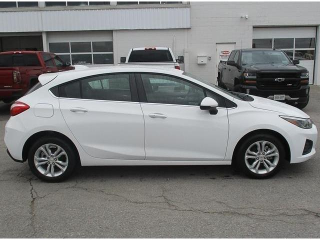 2019 Chevrolet Cruze LT (Stk: 19148) in Peterborough - Image 2 of 3