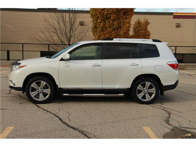 2012 Toyota Highlander V6 Limited (Stk: 1810510) in Waterloo - Image 2 of 30