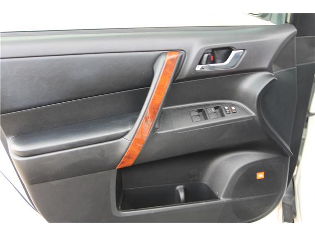 2012 Toyota Highlander V6 Limited (Stk: 1810510) in Waterloo - Image 11 of 30