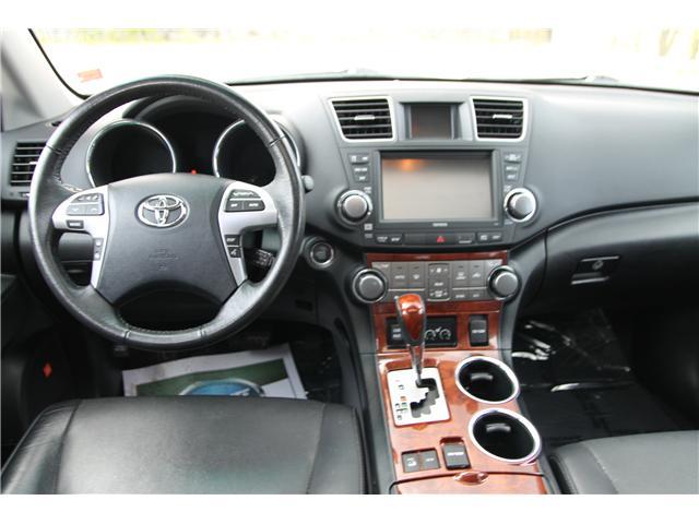 2012 Toyota Highlander V6 Limited (Stk: 1810510) in Waterloo - Image 13 of 30