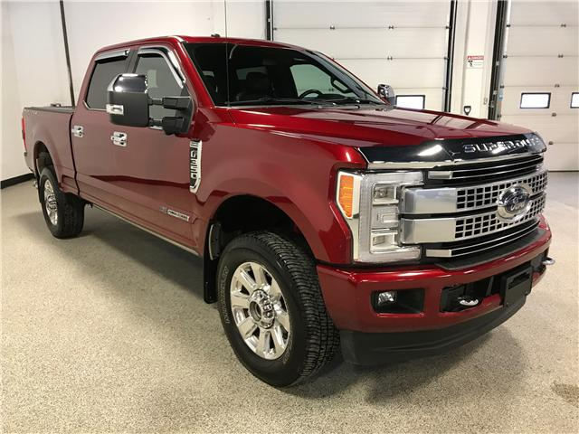 2017 Ford F-350 Platinum (Stk: P11857) in Calgary - Image 2 of 12