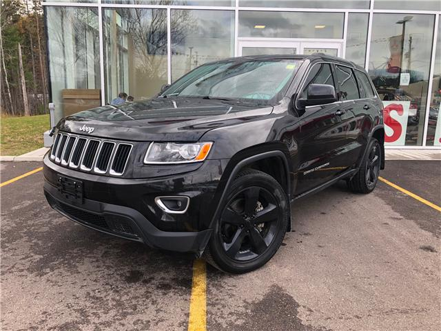 2015 Jeep Grand Cherokee Laredo (Stk: 18222-2) in Pembroke - Image 1 of 19
