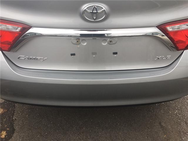 2017 Toyota Camry XLE (Stk: HU668097) in Sarnia - Image 2 of 9