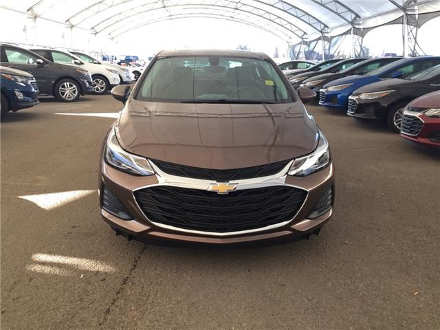 2019 Chevrolet Cruze LT (Stk: 169441) in AIRDRIE - Image 2 of 24