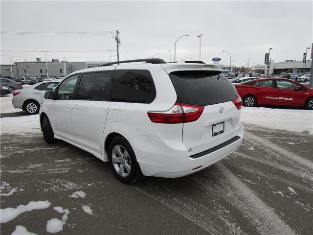 2019 Toyota Sienna LE 8-Passenger (Stk: 193041) in Regina - Image 2 of 33