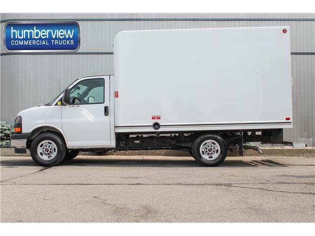 2018 GMC Savana Cutaway Work Van (Stk: CTDR2258  12FT) in Mississauga - Image 1 of 17