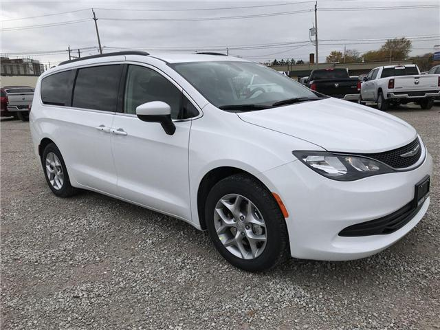 2019 Chrysler Pacifica Touring (Stk: 19361) in Windsor - Image 1 of 11