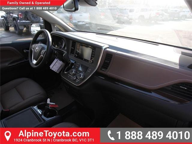 2018 Toyota Sienna XLE 7-Passenger (Stk: S201516) in Cranbrook - Image 11 of 20