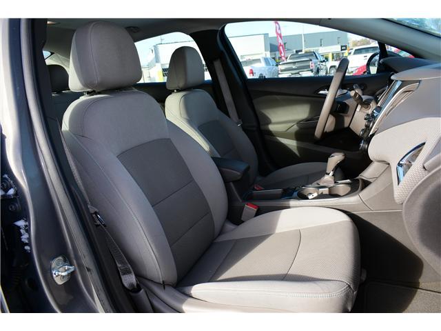 2017 Chevrolet Cruze LT Auto (Stk: P35731) in Saskatoon - Image 7 of 29
