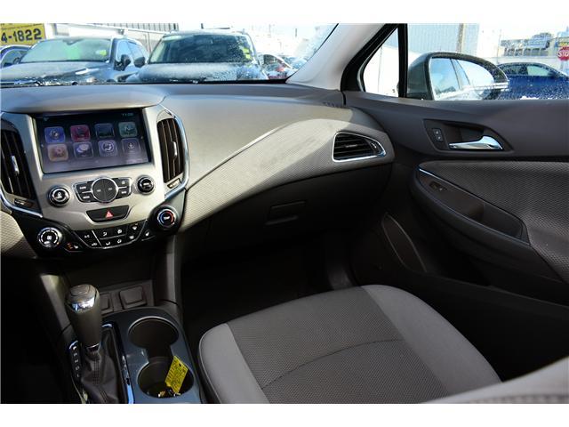 2017 Chevrolet Cruze LT Auto (Stk: P35731) in Saskatoon - Image 10 of 29