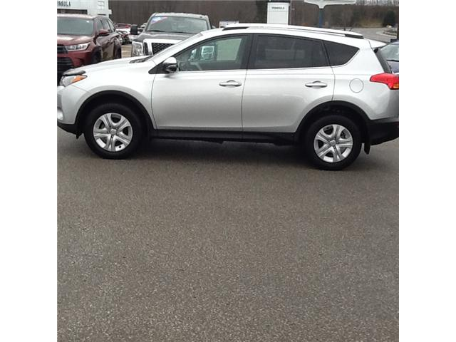 2015 Toyota RAV4 LE (Stk: 18562P) in Owen Sound - Image 2 of 3
