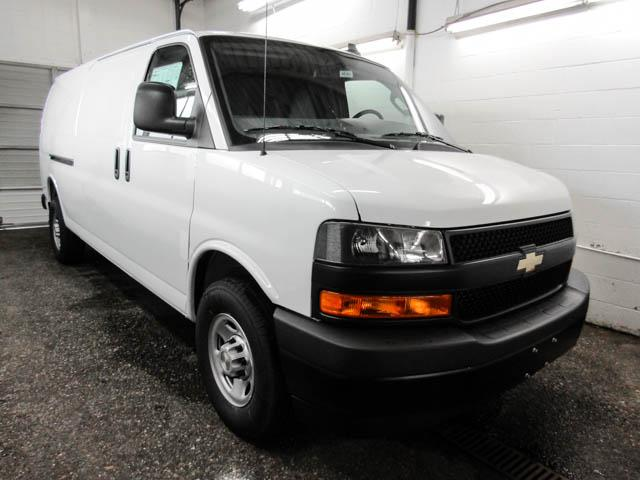 2018 Chevrolet Express 2500 Work Van (Stk: N8-38410) in Burnaby - Image 2 of 13