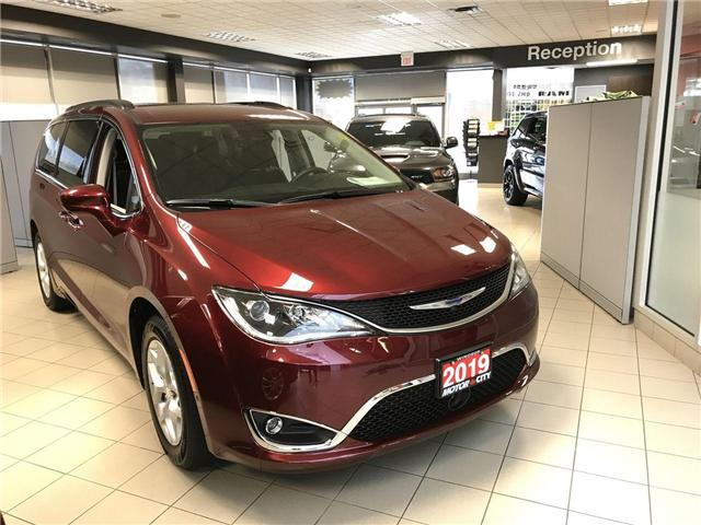 2019 Chrysler Pacifica Touring Plus (Stk: 19247) in Windsor - Image 1 of 2