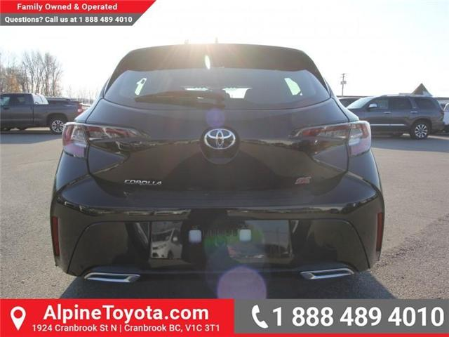 2019 Toyota Corolla Hatchback SE Upgrade Package (Stk: 3005101) in Cranbrook - Image 4 of 17