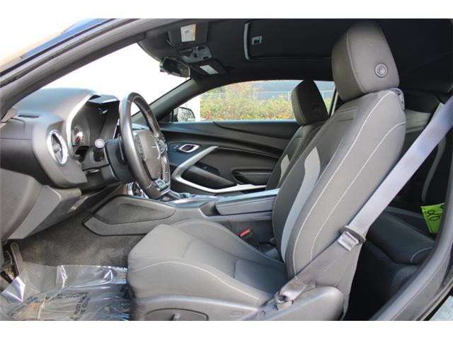 2017 Chevrolet Camaro 1LT (Stk: S236490A) in Courtenay - Image 5 of 29