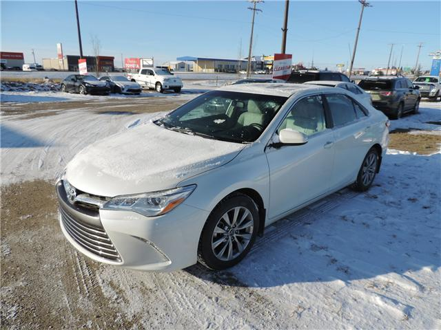 2015 Toyota Camry XLE V6 (Stk: 180201) in Brandon - Image 2 of 24