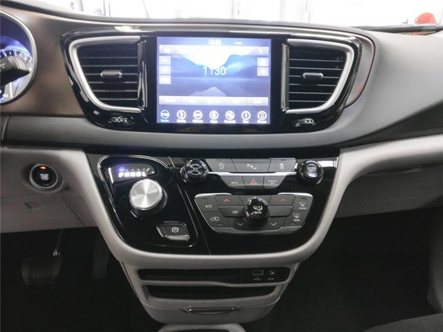 2019 Chrysler Pacifica Touring (Stk: W411270) in Burnaby - Image 6 of 13