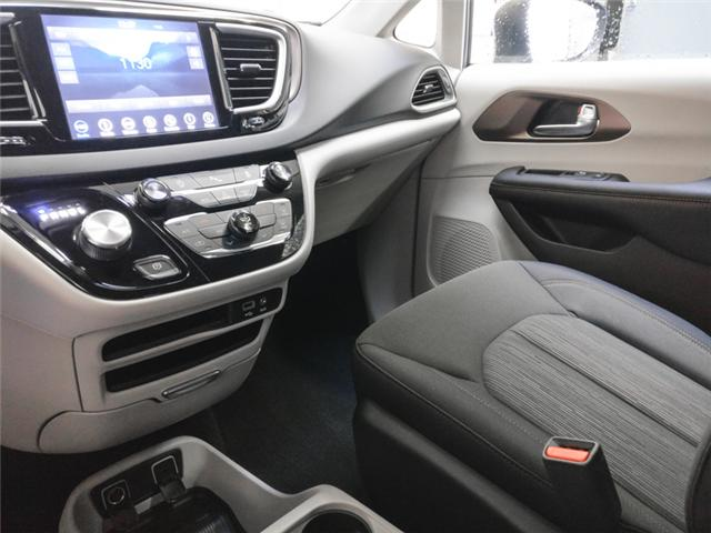 2019 Chrysler Pacifica Touring (Stk: W411270) in Burnaby - Image 7 of 13