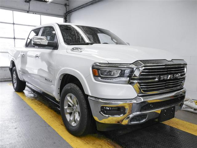 2019 RAM 1500 Laramie (Stk: 8971510) in Burnaby - Image 2 of 12