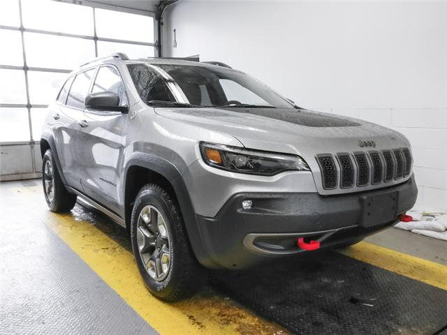 2019 Jeep Cherokee Trailhawk (Stk: K051040) in Burnaby - Image 2 of 13