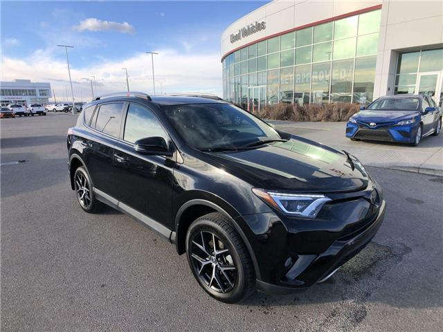 2018 Toyota RAV4 SE (Stk: 284191A) in Calgary - Image 2 of 17