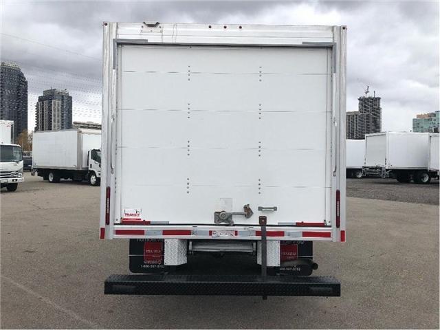 2017 GMC Savana Sold!Used 2017 GMC Savana 16' Cube Van (Stk: STN002112T) in Toronto - Image 5 of 15