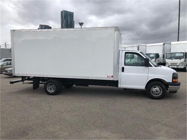 2017 GMC Savana Sold!Used 2017 GMC Savana 16' Cube Van (Stk: STN002112T) in Toronto - Image 7 of 15
