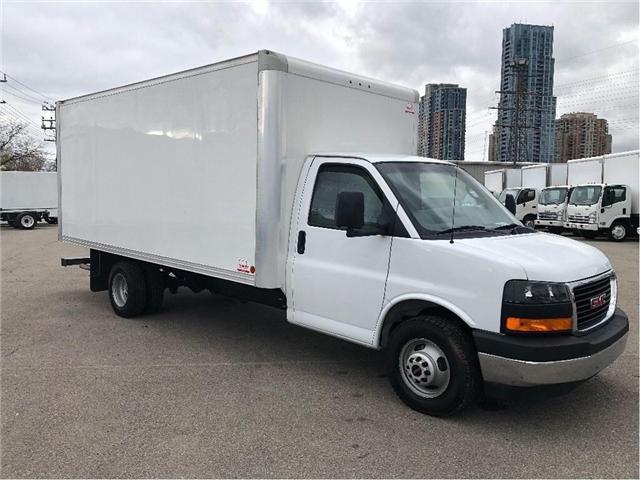 2017 GMC Savana Sold!Used 2017 GMC Savana 16' Cube Van (Stk: STN002112T) in Toronto - Image 8 of 15