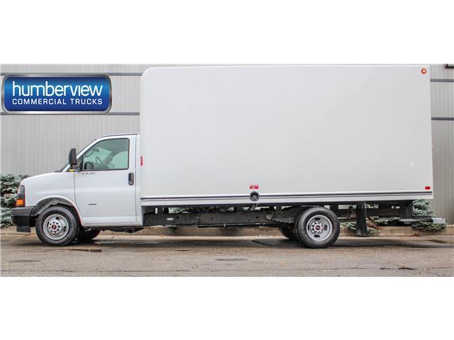 2018 GMC Savana Cutaway Work Van (Stk: 18-003828 UNICEL) in Mississauga - Image 1 of 21