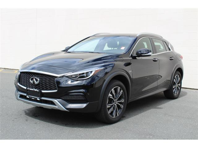 2017 Infiniti QX30 Base (Stk: A015546) in Courtenay - Image 2 of 30