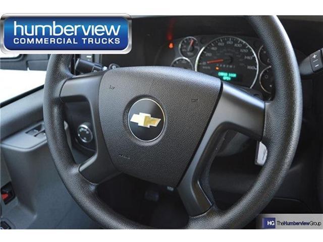 2017 Chevrolet Express 2500 1WT (Stk: CTDR2201 SHORT) in Mississauga - Image 5 of 11