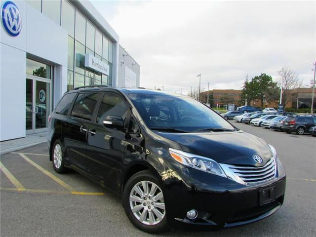 2017 Toyota Sienna Limited 7-Passenger (Stk: 95568A) in Toronto - Image 1 of 21