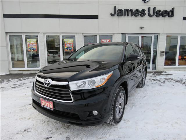 2016 Toyota Highlander LE (Stk: P02551) in Timmins - Image 1 of 9