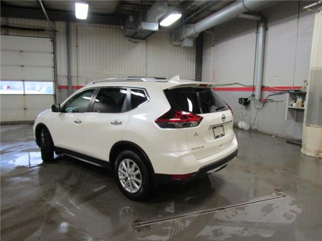 2018 Nissan Rogue SV (Stk: F170443) in Regina - Image 2 of 34