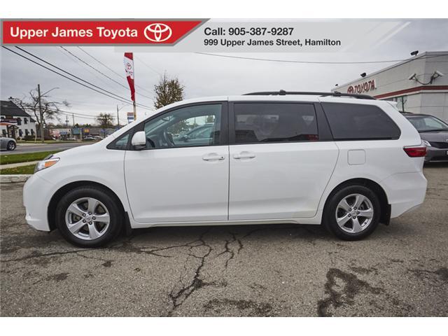 2017 Toyota Sienna LE 8 Passenger (Stk: 61927) in Hamilton - Image 2 of 17