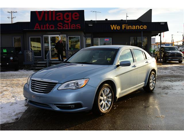 2013 Chrysler 200 Touring (Stk: P35462) in Saskatoon - Image 1 of 28