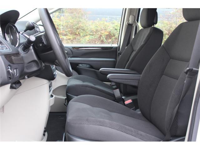 2019 Dodge Grand Caravan CVP/SXT (Stk: R504432) in Courtenay - Image 5 of 29