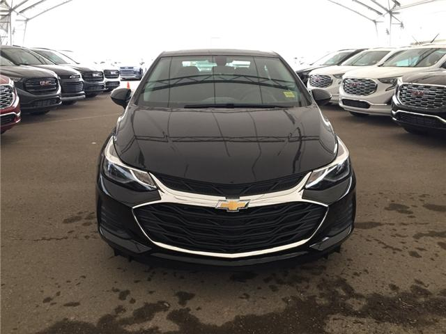 2019 Chevrolet Cruze LT (Stk: 169355) in AIRDRIE - Image 2 of 26