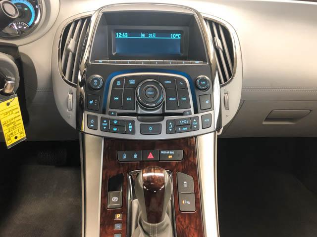 2010 Buick LaCrosse CXL (Stk: C8-57601) in Burnaby - Image 8 of 22