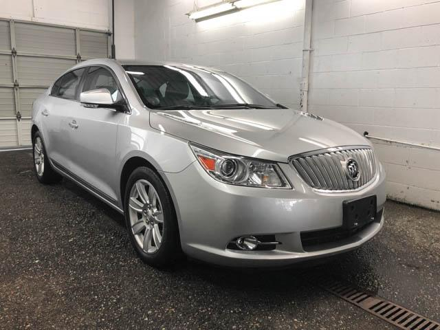 2010 Buick LaCrosse CXL (Stk: C8-57601) in Burnaby - Image 2 of 22