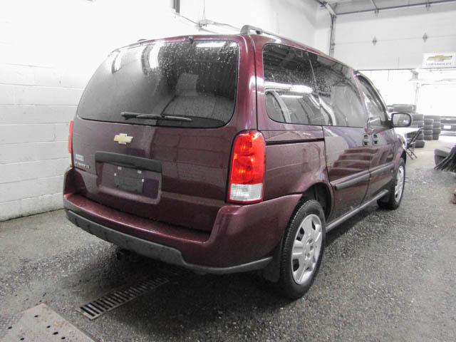 2009 Chevrolet Uplander LS (Stk: T8-29191) in Burnaby - Image 2 of 20