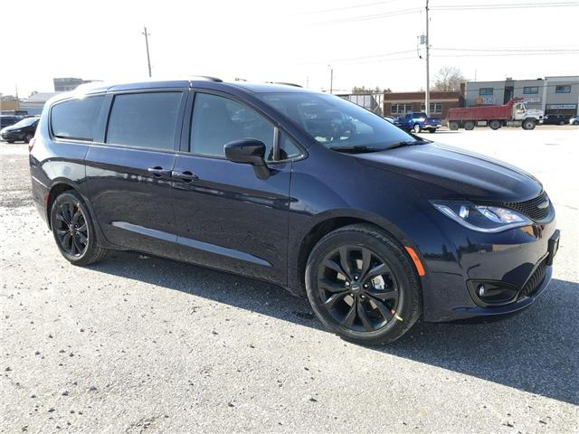 2019 Chrysler Pacifica Touring-L (Stk: 19396) in Windsor - Image 1 of 11