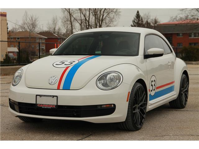 2012 Volkswagen Beetle 2.5L Comfortline (Stk: 1810520) in Waterloo - Image 1 of 25