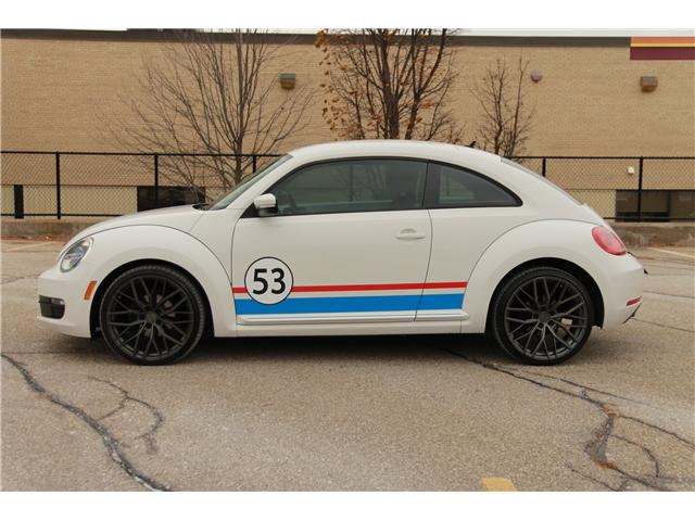 2012 Volkswagen Beetle 2.5L Comfortline (Stk: 1810520) in Waterloo - Image 2 of 25