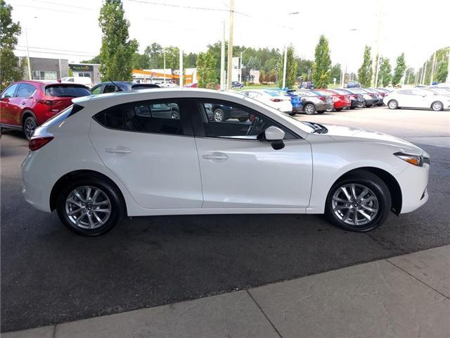 2018 Mazda Mazda3  (Stk: 33519*) in Kitchener - Image 7 of 29