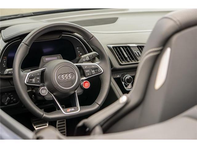 2017 Audi R8 5.2 V10 (Stk: U0709) in Calgary - Image 6 of 12